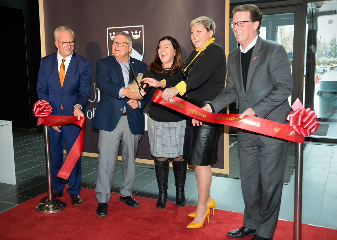 October 5, 2018 ribbon cutting at College Avenue Campus