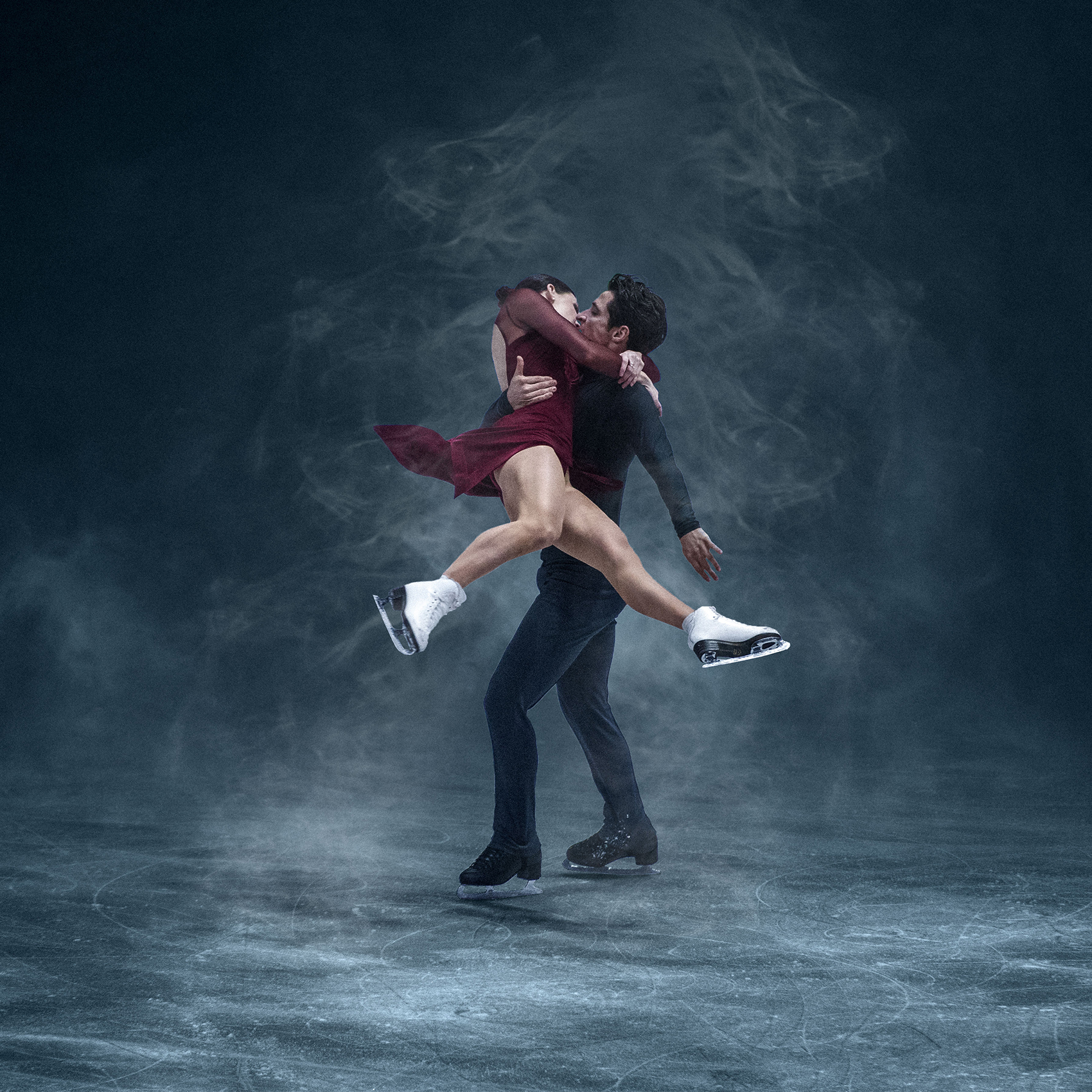 <small>Double Olympic gold medalists Tessa Virtue and Scott Moir.</small>