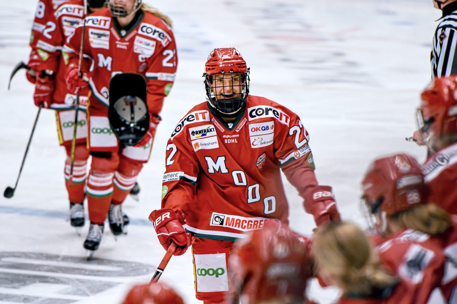 In 2020, former U of R Cougars star Jaycee Magwood signed to play for MODO in Örnsköldsvik, Sweden. MODO is one of 10 teams in the Svenska damhockeyligan league, the top level of women's hockey in Sweden. (Photo by Mats Bekkevold.)